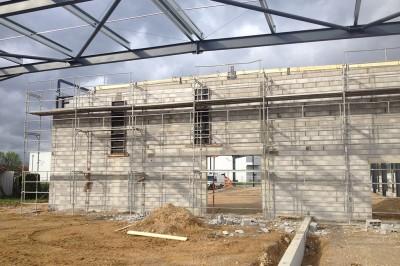 CONSTRUCTION-D'UN-BATIMENT-COMMERCIAL-A-L'ENSEIGNE-«-CENTRAKOR-»