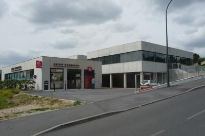CONSTRUCTION-LABORATOIRE-D'ANALYSE-ET-D'UNE-CAISSE-D'ÉPARGNE
