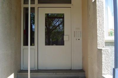 METALLERIE-HLM-CASTRES-entretien-Portier